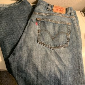 Men's Levi's 40x32 preowned Jeans
